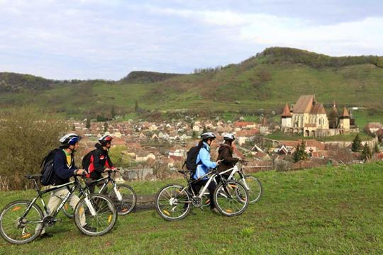 biking-sit-unesco-biertan